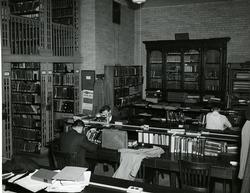 Students reading in Gilman Hall