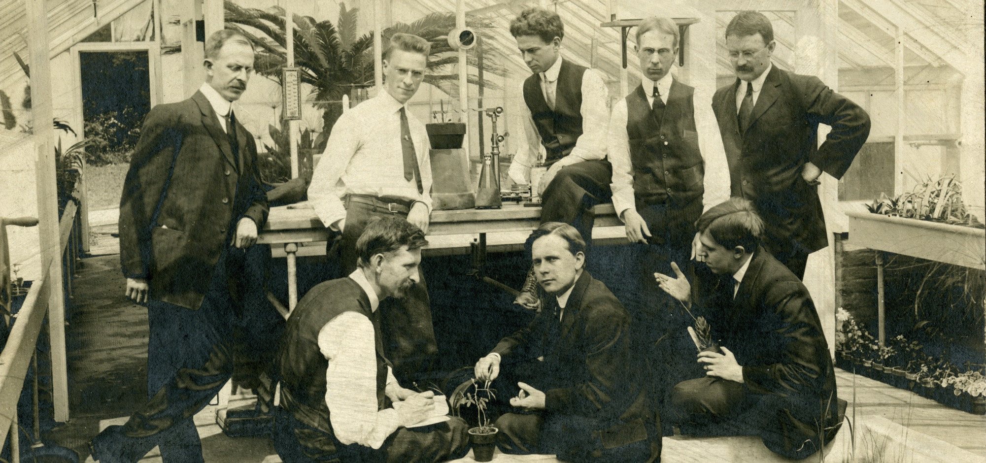 Group photograph of members of first plant physiology class held at Homewood