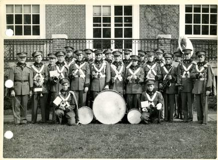 Group portrait of the 1946 JHU Band.
